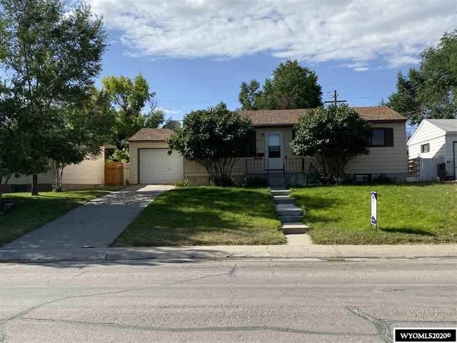 214 E Davis Street, Rawlins, WY 82301 (MLS #20204326) :: Broker One Real Estate