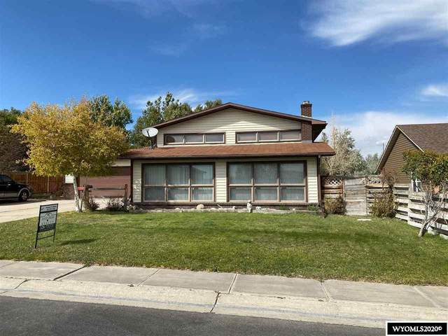 725 E Kendrick Street, Rawlins, WY 82301 (MLS #20205163) :: RE/MAX The Group
