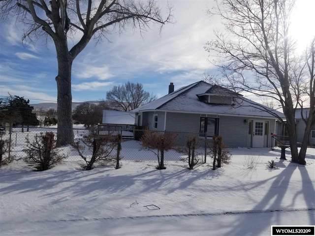 902 W Pine Street, Rawlins, WY 82301 (MLS #20206878) :: Real Estate Leaders
