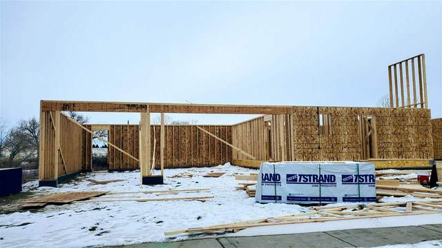 757 Camp Davis Circle, Evansville, WY 82636 (MLS #20206963) :: RE/MAX The Group