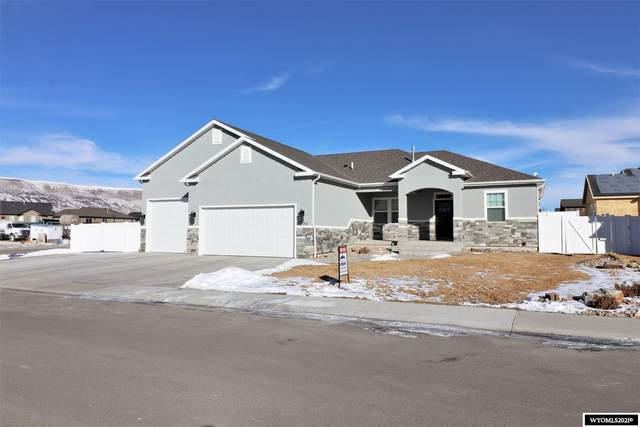 2220 Arthur Avenue, Rock Springs, WY 82901 (MLS #20210500) :: RE/MAX The Group