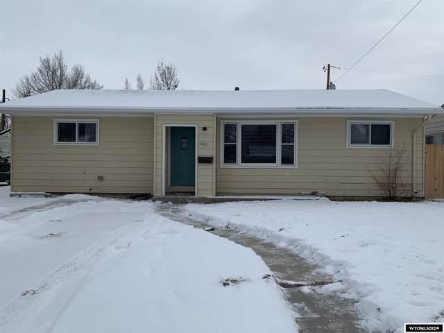1437 Cody Avenue, Casper, WY 82604 (MLS #20210698) :: Real Estate Leaders