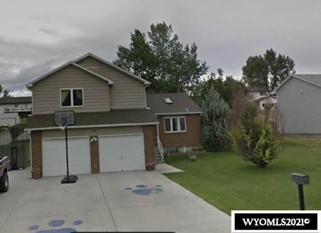 1137 Northfork Drive, Douglas, WY 82633 (MLS #20210813) :: RE/MAX Horizon Realty