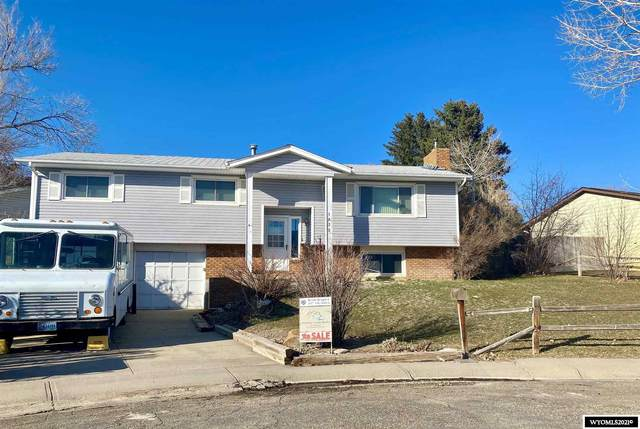 1032 Durango, Douglas, WY 82633 (MLS #20211231) :: RE/MAX The Group