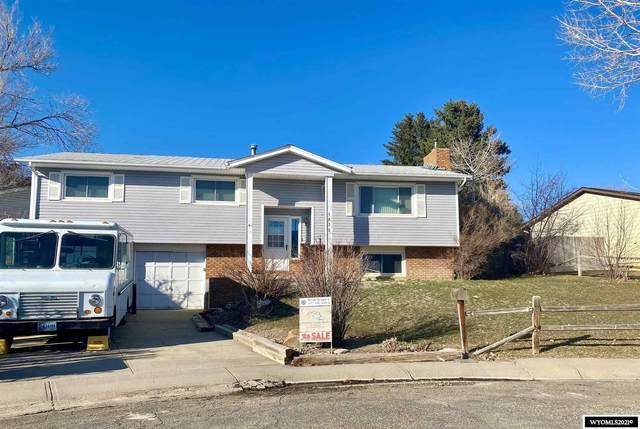 1032 Durango, Douglas, WY 82633 (MLS #20211231) :: RE/MAX Horizon Realty
