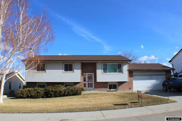 208 Cherokee Drive, Rock Springs, WY 82901 (MLS #20211377) :: Real Estate Leaders