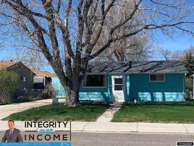 1524 Jim Bridger Avenue, Casper, WY 82604 (MLS #20212320) :: Lisa Burridge & Associates Real Estate