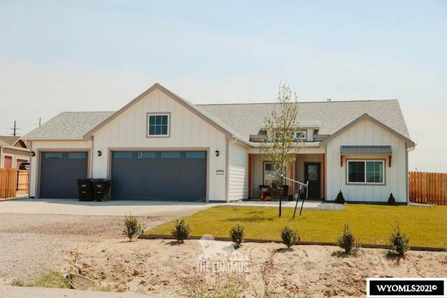 529 Blue Sky Drive, Mills, WY 82604 (MLS #20213115) :: Broker One Real Estate
