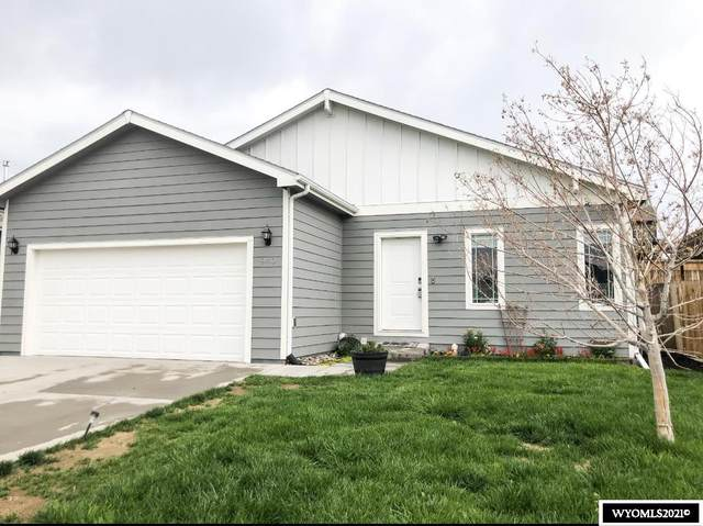 940 S 3rd Avenue, Mills, WY 82604 (MLS #20213688) :: RE/MAX The Group