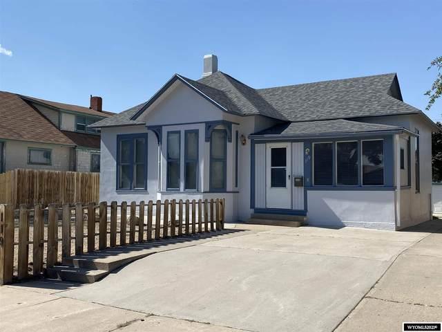 119 E Pine Street, Rawlins, WY 82301 (MLS #20213987) :: RE/MAX Horizon Realty