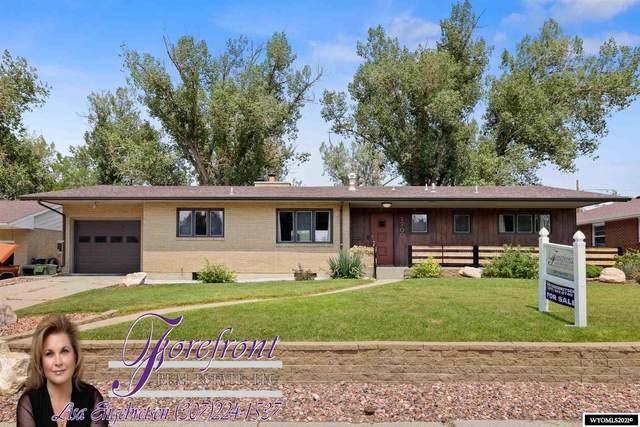 1700 Lynwood Place, Casper, WY 82604 (MLS #20214320) :: Broker One Real Estate