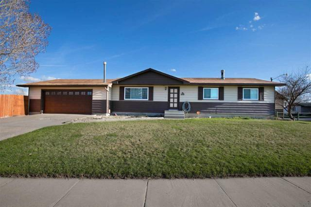618 Kendrick Street, Rawlins, WY 82301 (MLS #20191994) :: RE/MAX The Group