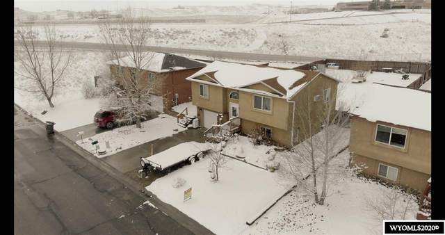 1390 Riverbend, Douglas, WY 82633 (MLS #20201120) :: RE/MAX The Group