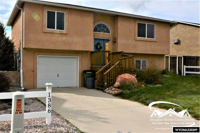 1386 Riverbend Drive, Douglas, WY 82633 (MLS #20202461) :: RE/MAX The Group
