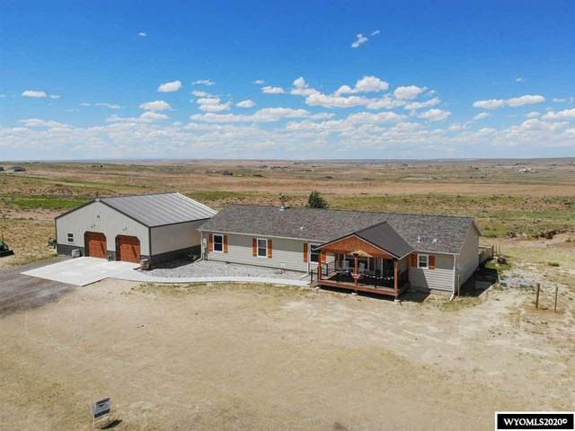 12100 Ridgeview Road, Evansville, WY 82636 (MLS #20203057) :: RE/MAX The Group