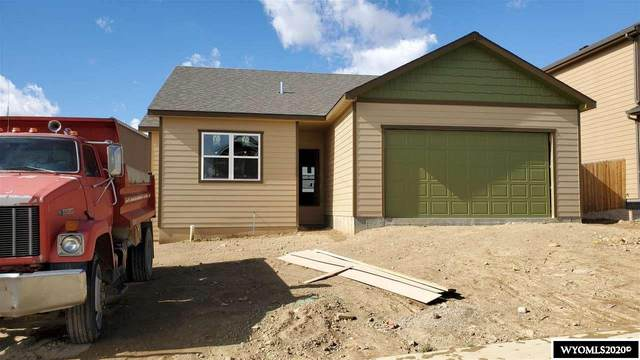 916 Dusty Terrace, Mills, WY 82604 (MLS #20204111) :: RE/MAX The Group