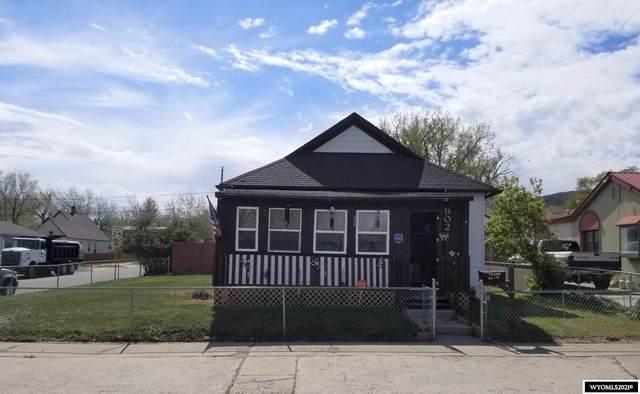 902 7th Street, Rawlins, WY 82301 (MLS #20212702) :: Broker One Real Estate