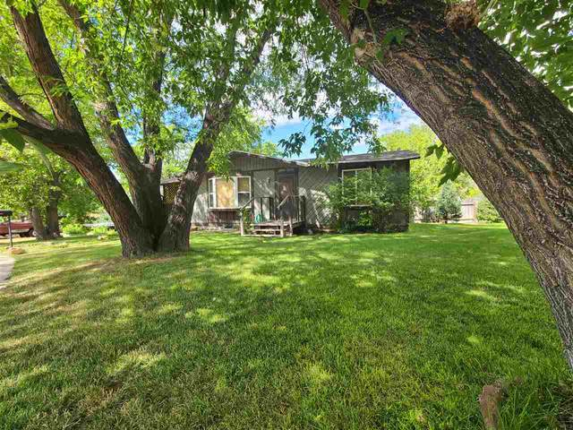 340 Hobbit Hole, Douglas, WY 82633 (MLS #20193793) :: Lisa Burridge & Associates Real Estate