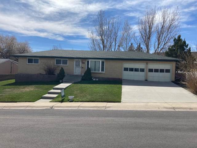 1320 Weaver Street, Rawlins, WY 82301 (MLS #20196060) :: RE/MAX The Group