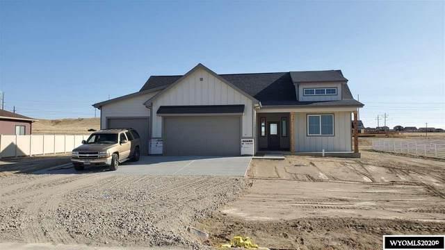 601 Blue Sky Drive, Mills, WY 82604 (MLS #20204190) :: RE/MAX Horizon Realty
