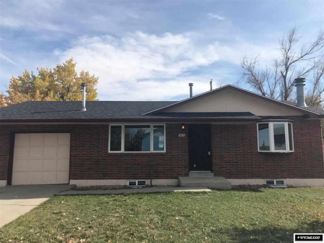 467 N Curtis, Evansville, WY 82636 (MLS #20176468) :: Real Estate Leaders