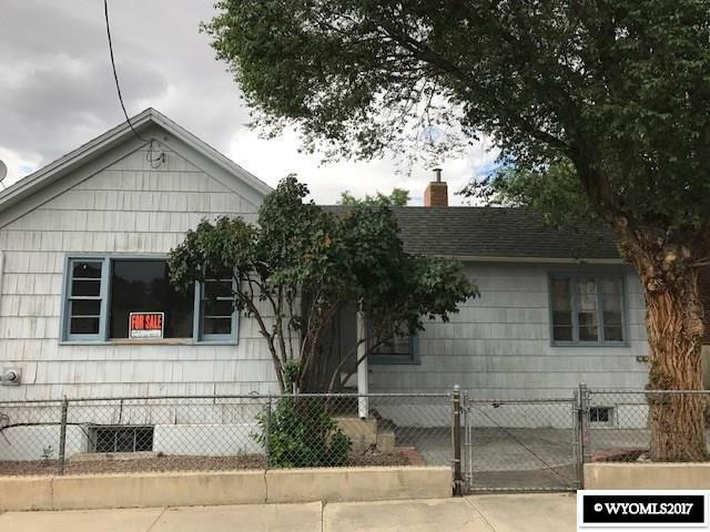 214 Sherman Street, Rock Springs, WY 82901 (MLS #20174942) :: Real Estate Leaders
