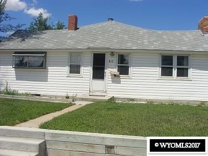 813 W Pine, Rawlins, WY 82301 (MLS #20175519) :: Lisa Burridge & Associates Real Estate