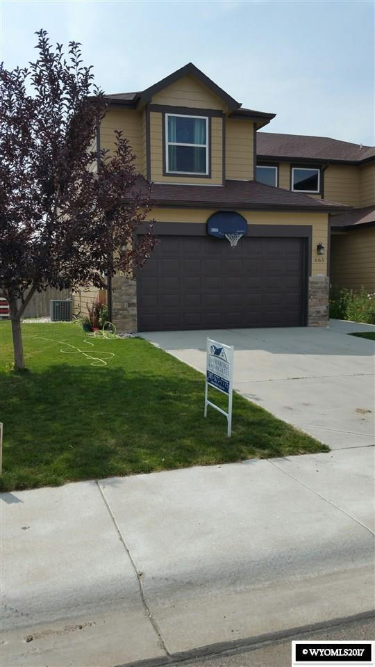 665 7th, Evansville, WY 82636 (MLS #20175638) :: RE/MAX The Group