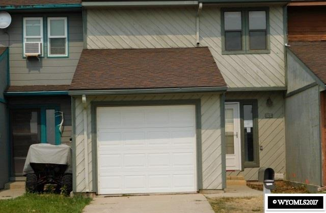 1104 Leal Street, Douglas, WY 82633 (MLS #20175711) :: RE/MAX The Group