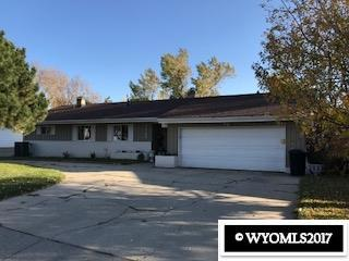 1725 Lynwood Place, Casper, WY 82604 (MLS #20176391) :: RE/MAX The Group