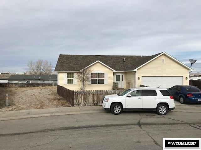607 Olive Circle, Rawlins, WY 82301 (MLS #20177000) :: RE/MAX The Group