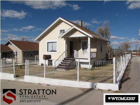 1124 E 5th Street, Casper, WY 82601 (MLS #20177243) :: RE/MAX The Group