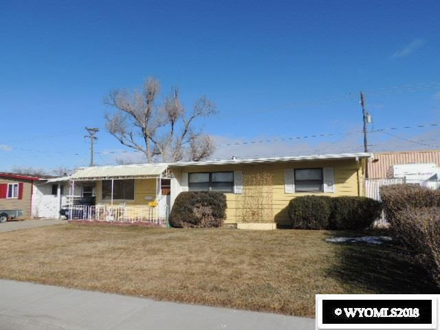 2015 Fremont Avenue, Casper, WY 82604 (MLS #20180645) :: RE/MAX The Group