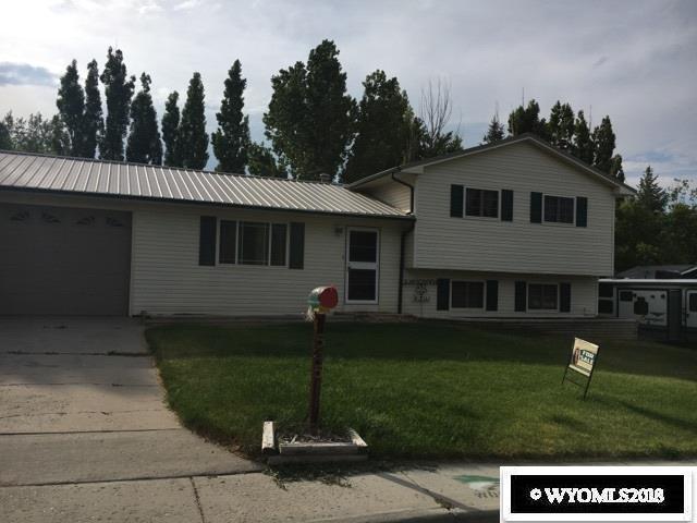 545 Juniper St., Green River, WY 82935 (MLS #20180872) :: Lisa Burridge & Associates Real Estate