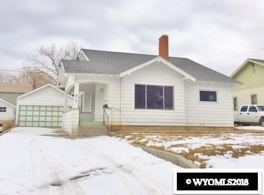 812 13th Street, Rawlins, WY 82301 (MLS #20181122) :: Lisa Burridge & Associates Real Estate
