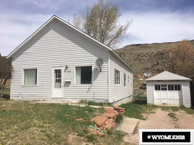 1213 Nieman Street, Rawlins, WY 82301 (MLS #20182580) :: Real Estate Leaders