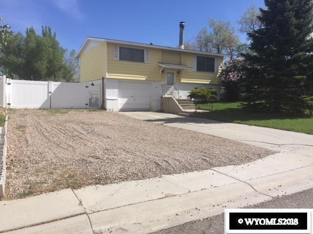 1085 Harrison Drive, Rock Springs, WY 82901 (MLS #20183489) :: Lisa Burridge & Associates Real Estate