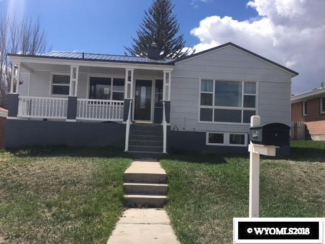 1122 11th Street, Rawlins, WY 82301 (MLS #20183944) :: Real Estate Leaders