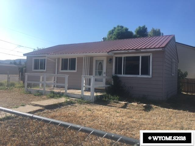 215 E Davis Street, Rawlins, WY 82301 (MLS #20184531) :: Lisa Burridge & Associates Real Estate