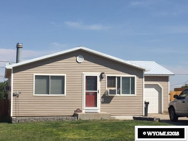 409 E Miller Street, Rawlins, WY 82301 (MLS #20185245) :: Lisa Burridge & Associates Real Estate