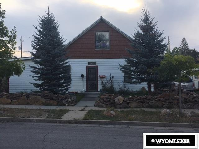 807 8th Street, Rawlins, WY 82301 (MLS #20185282) :: RE/MAX The Group