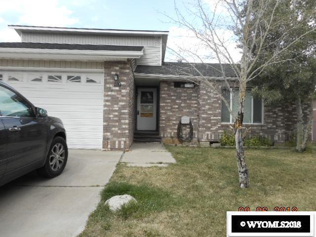 110 Carriage Drive, Evanston, WY 82930 (MLS #20185298) :: Real Estate Leaders