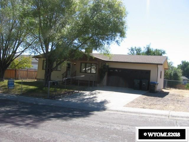 1210 South Dakota Street, Green River, WY 82935 (MLS #20185780) :: Lisa Burridge & Associates Real Estate