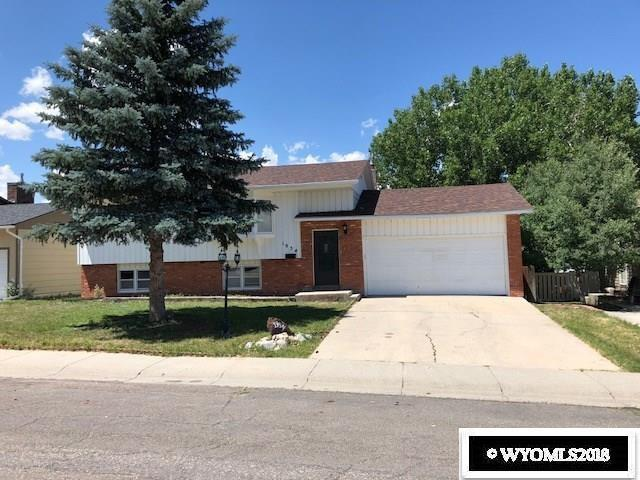 1954 Lennox, Casper, WY 82601 (MLS #20186249) :: Lisa Burridge & Associates Real Estate