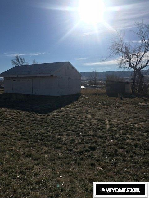 900 Pendell Boulevard, Mills, WY 82644 (MLS #20186725) :: Lisa Burridge & Associates Real Estate