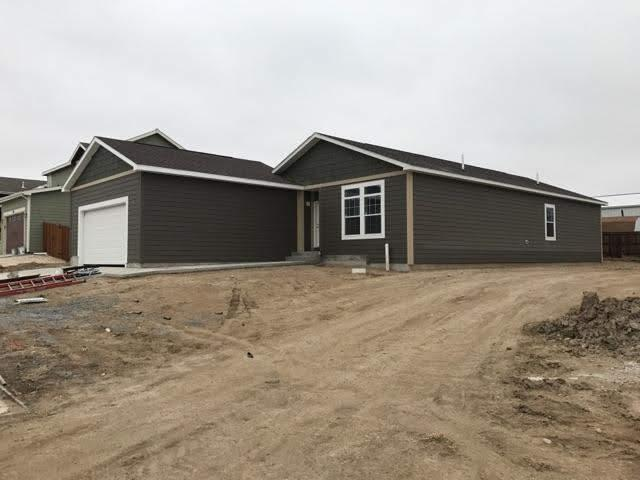 840 Flicker Street, Douglas, WY 82633 (MLS #20190330) :: RE/MAX The Group