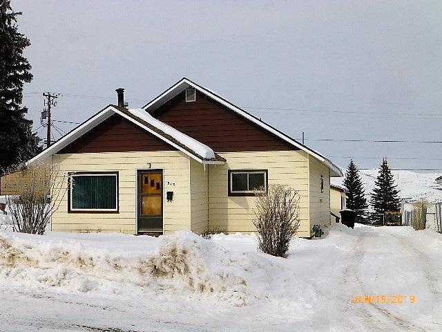 313 Ruby St, Kemmerer, WY 83101 (MLS #20190367) :: Lisa Burridge & Associates Real Estate