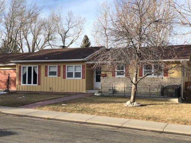 2110 W 41st Street, Casper, WY 82604 (MLS #20190418) :: Real Estate Leaders