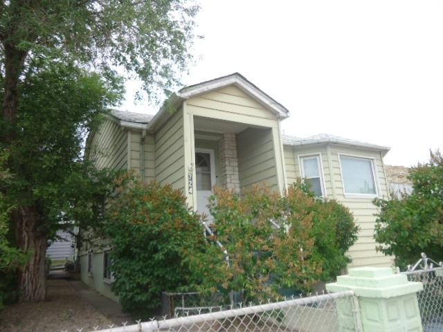 724 Dewar Drive, Rock Springs, WY 82901 (MLS #20190820) :: Lisa Burridge & Associates Real Estate