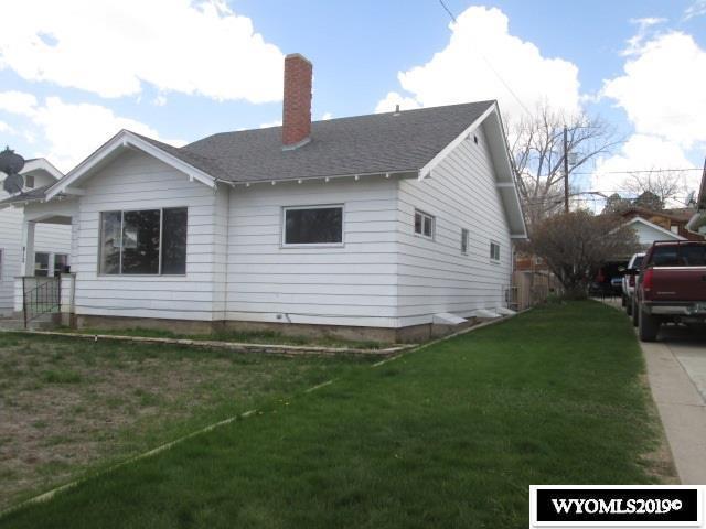 812 13th, Rawlins, WY 82301 (MLS #20192556) :: Lisa Burridge & Associates Real Estate